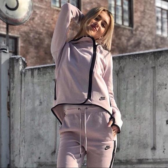Nike Tech Fleece Particle Rose Cape Hoodie NWT